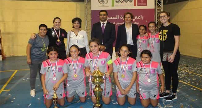 فريق ديار النسوي يتوج بطلاً للدوري النسوي الخماسي لكرة القدم